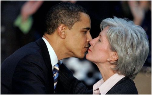 Obama-Sebelius-Kiss